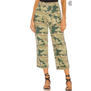 Free People Remy Camo Printed Capri Jeans Size 25